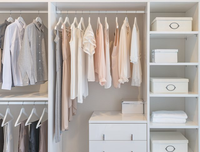 sible-side-walkin-closet