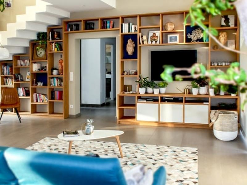 Custom Furniture Minimalis - Fungsional dan Hemat Ruangan