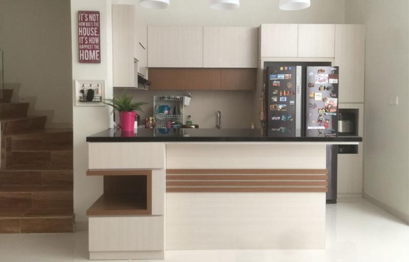 https://www.rancangmebel.com/assets/file_uploaded/product_detail/1535714579-kitchen-se.jpg